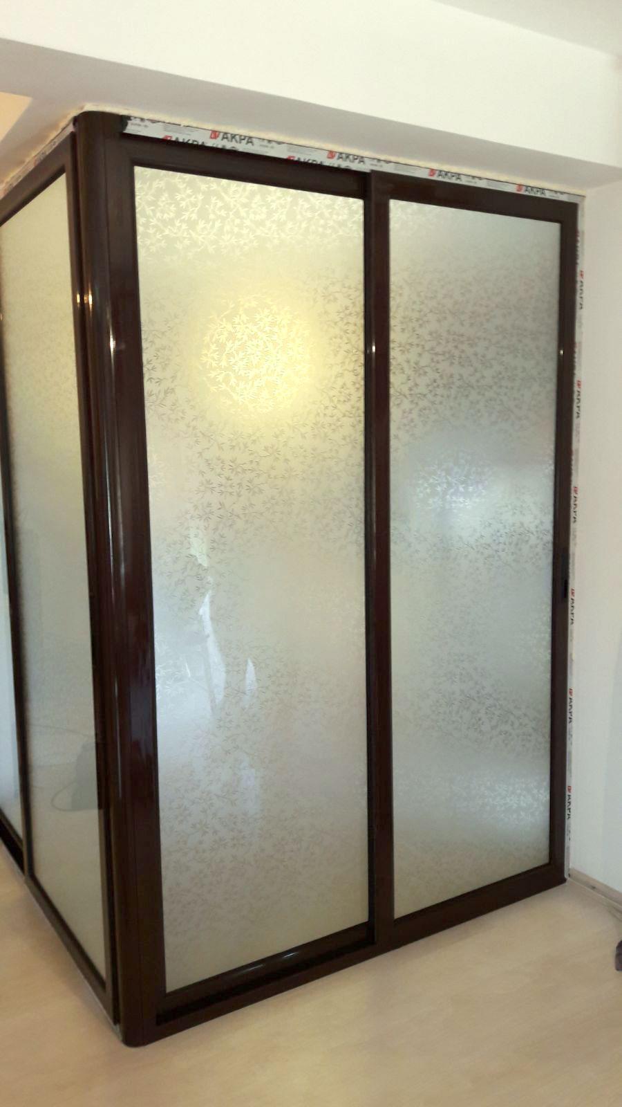 Instalare perete despartitor din termopan